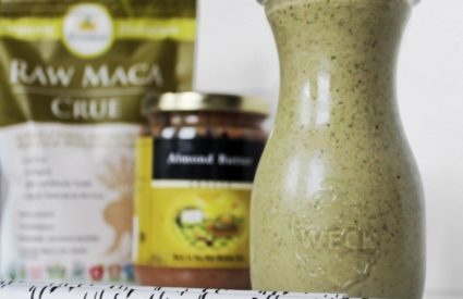 Stay full with this #FAB4Smoothie