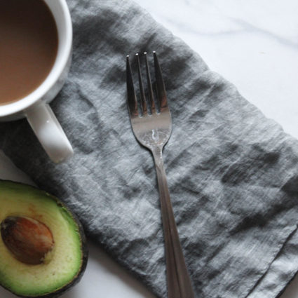 The Easiest Cheese-Free (Avocado) Omelette You'll Ever Make