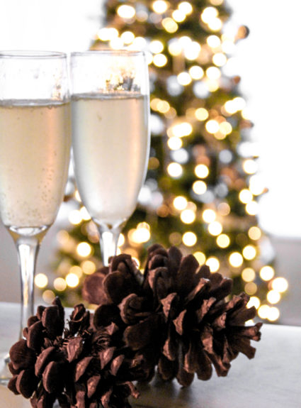 The SEXIEST Way to Drink Champagne this Holiday: The French 75